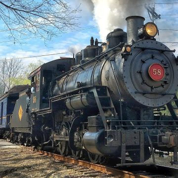 The Wilmington Western Railroad, built in 1867 offers scenic tours and special events on a restored antique steam locomotive. Originally built to serve the water-powered mills along the Red Clay Creek, you can now enjoy scenic tours in every season.